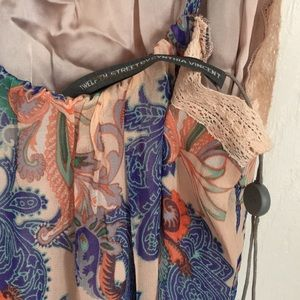 Twelfth Street by Cynthia Vincent Dresses - Twelfth Street Cynthia Vincent paisley maxi dress